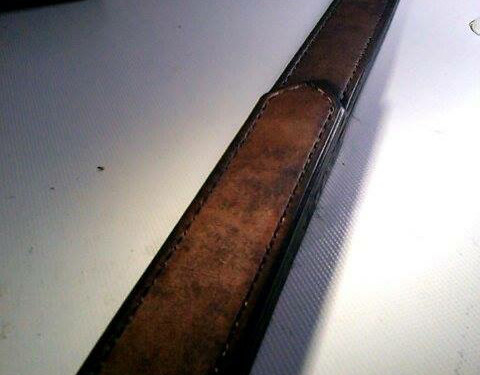 fertiges Paddle, geschwärzte & polierte Kante
