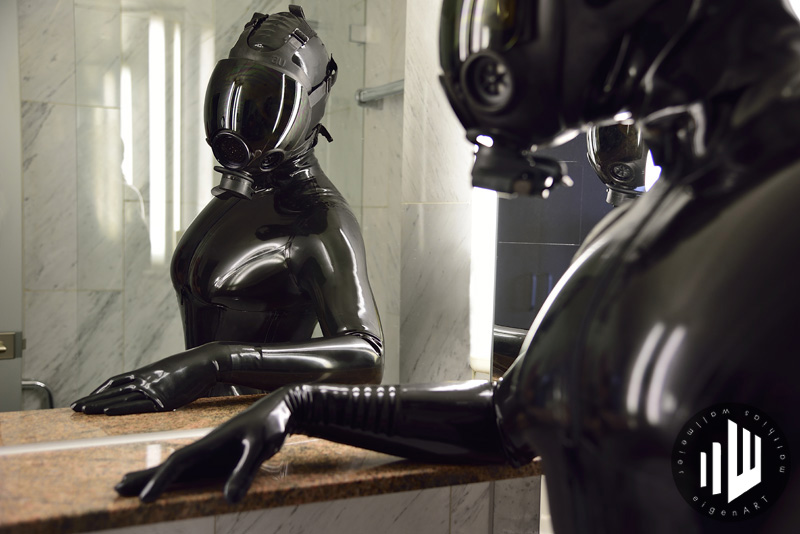 Model Luby Wayne, Catsuit Latexcrazy